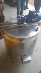 Емкость — сырная ванна,  объем 100 л,